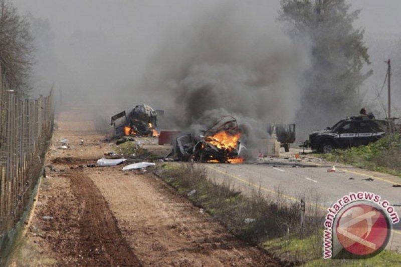 https: img.okezone.com content 2021 05 18 18 2411732 balas-tembakan-artileri-israel-lancarkan-serangan-ke-lebanon-sggXLHyS2w.jpg