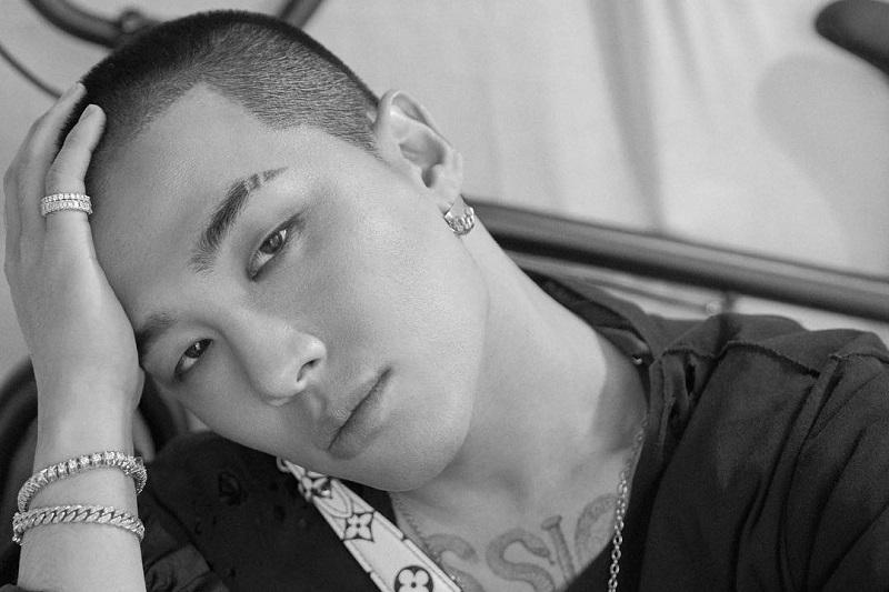 https: img.okezone.com content 2021 05 18 33 2411977 sapa-fans-lewat-ig-taeyang-isyaratkan-album-baru-bigbang-cSolJN9Xhs.jpg