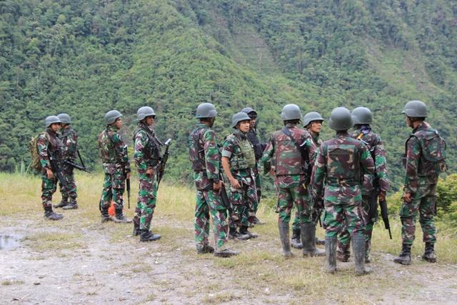 https: img.okezone.com content 2021 05 18 337 2411691 satgas-nemangkawi-benarkan-1-prajurit-tni-tewas-akibat-serangan-brutal-di-yahukimo-eA8kF4zOOG.jpg
