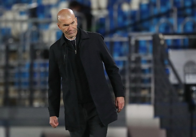 https: img.okezone.com content 2021 05 18 46 2411487 kacau-selain-zidane-real-madrid-ditinggal-5-pemain-pada-musim-panas-2021-dCyWOcW60a.jpg