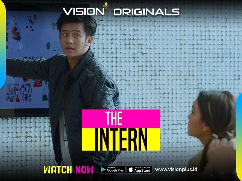 https: img.okezone.com content 2021 05 18 598 2411695 vision-originals-the-intern-episode-4-saatnya-anak-magang-unjuk-gigi-TAuvXkbMqs.jpg