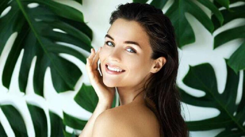 https: img.okezone.com content 2021 05 18 611 2411584 mengenal-organik-makeup-beserta-manfaatnya-bagi-kecantikan-QRvKc1a04t.jpg