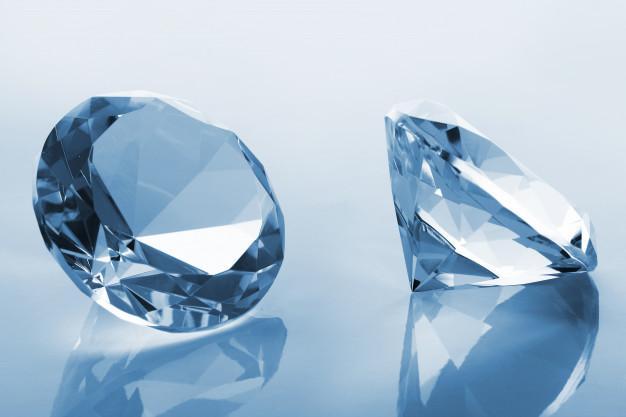 https: img.okezone.com content 2021 05 18 620 2411735 kisah-berlian-sakura-seharga-rp542-miliar-warna-ungu-merah-mudah-jadi-daya-tarik-ncIeEFyQAw.jpg