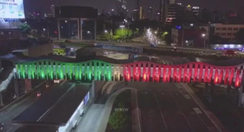 https: img.okezone.com content 2021 05 19 338 2412360 anies-instruksikan-pemasangan-lampu-warna-bendera-palestina-di-10-jpo-RgfV4oAaRu.jpg