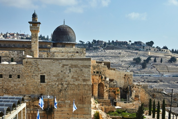 https: img.okezone.com content 2021 05 19 408 2412453 9-fakta-menarik-masjid-al-aqsa-saksi-bisu-konflik-israel-palestina-LVftnXT0Vi.jpg