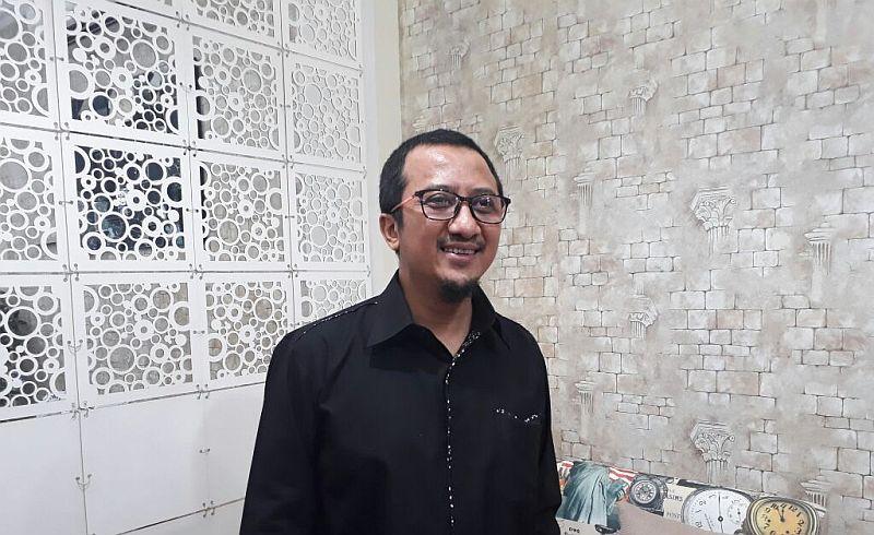 https: img.okezone.com content 2021 05 20 320 2413078 yusuf-mansur-kritik-bank-syariah-ada-apa-CSImPPDzcB.jpg