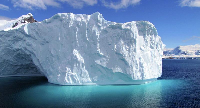 https: img.okezone.com content 2021 05 21 18 2413585 satelit-temukan-gunung-es-terbesar-baru-di-luar-antartika-ybLmL8q1ER.jpg