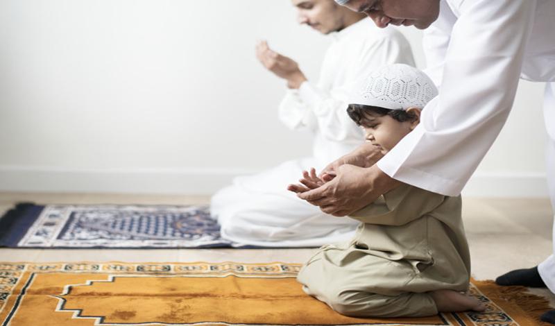 https: img.okezone.com content 2021 05 21 330 2413782 ingin-dikaruniahi-anak-yang-saleh-rutin-baca-doa-ini-KUhTYa5ei0.jpg