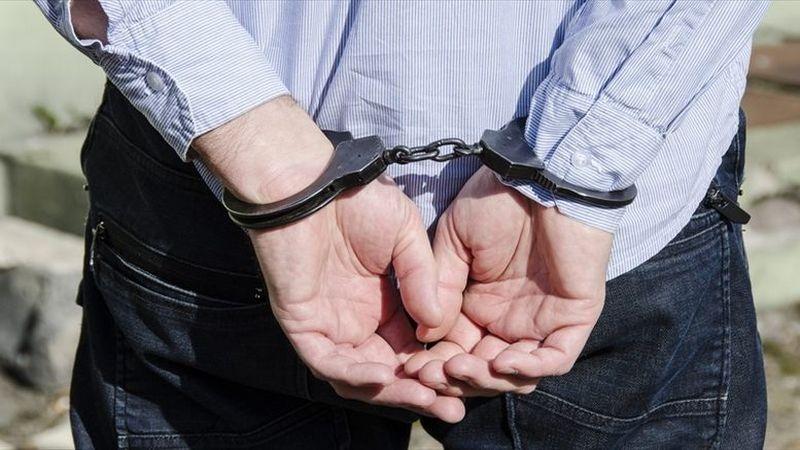 https: img.okezone.com content 2021 05 21 338 2413448 buron-kasus-pemerkosaan-anggota-dewan-serahkan-anaknya-ke-polisi-1FiR4w8FuC.jpg