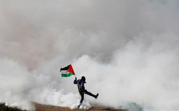 https: img.okezone.com content 2021 05 22 320 2414008 erick-thohir-galang-bantuan-untuk-palestina-kXES6COdIi.jpg