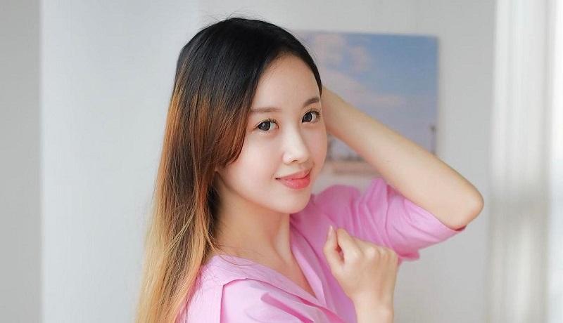https: img.okezone.com content 2021 05 22 33 2414080 cerita-velycia-meidiana-jadi-youtuber-sukses-di-korea-selatan-YrBWUrgbRj.jpeg