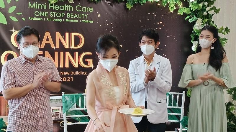 https: img.okezone.com content 2021 05 22 481 2414073 tingkatkan-fasilitas-mimi-health-care-tawarkan-perawatan-kecantikan-dengan-alat-canggih-mKWQ2HjVMK.jpg