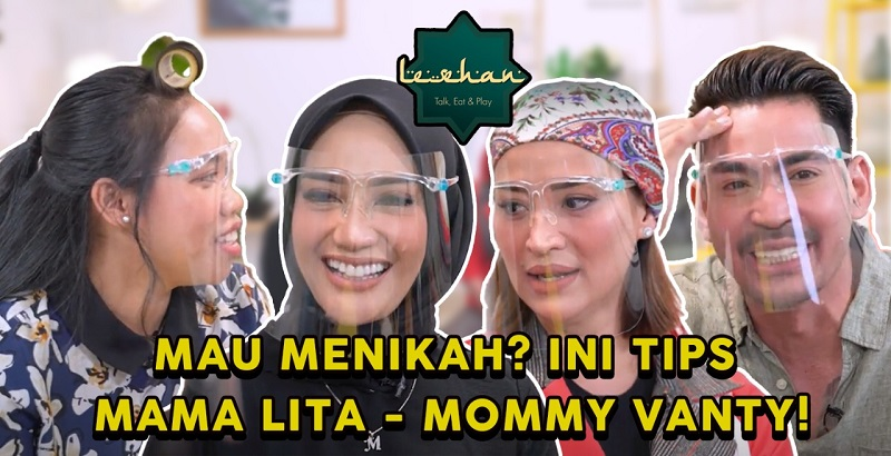 https: img.okezone.com content 2021 05 22 612 2414022 tips-rumah-tangga-dari-2-mama-cantik-dan-berbakat-chef-mama-lita-dan-chef-mommy-vanty-9KLa7osfP3.jpg