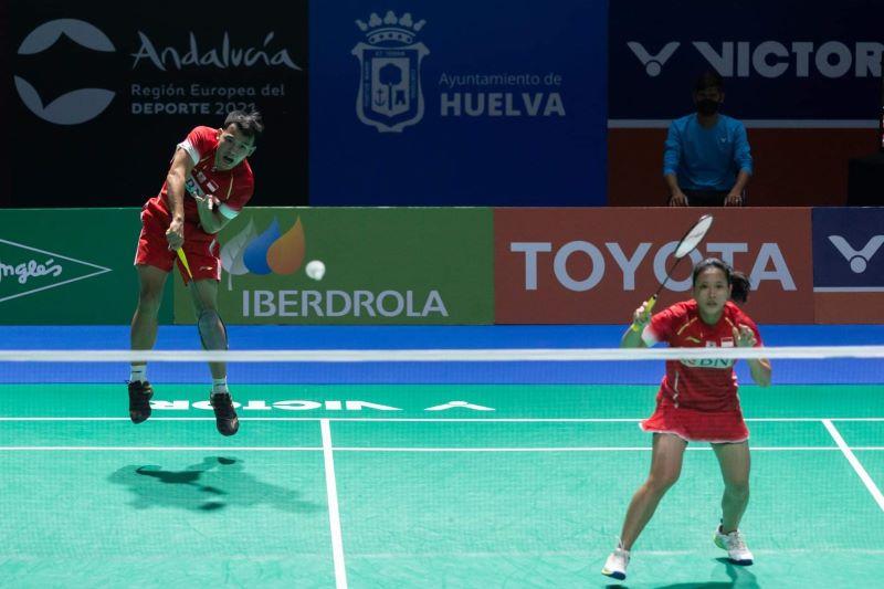 https: img.okezone.com content 2021 05 23 40 2414377 sudahi-perjuangan-wakil-denmark-rinov-pitha-sumbang-gelar-keempat-di-spanyol-masters-2021-xtKSdtVHlt.jpg