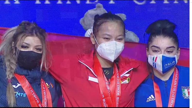 https: img.okezone.com content 2021 05 24 43 2414523 lifter-indonesia-windy-cantika-aisah-sabet-emas-kejuaraan-dunia-angkat-besi-junior-2021-k6JWINAncR.jpg