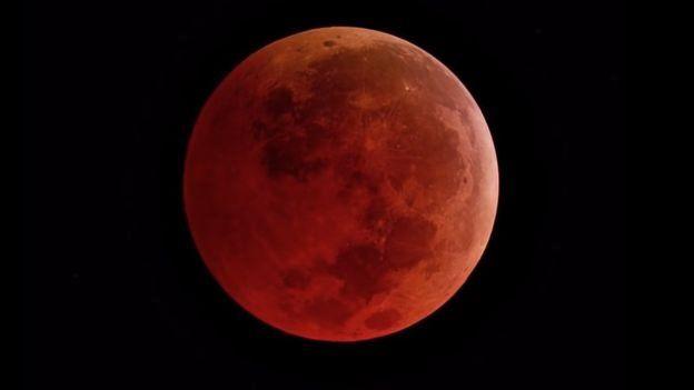 https: img.okezone.com content 2021 05 24 525 2414824 bmkg-prediksi-super-blood-moon-bisa-diamati-dari-awal-hingga-akhir-1dSzBFbKrW.jpg