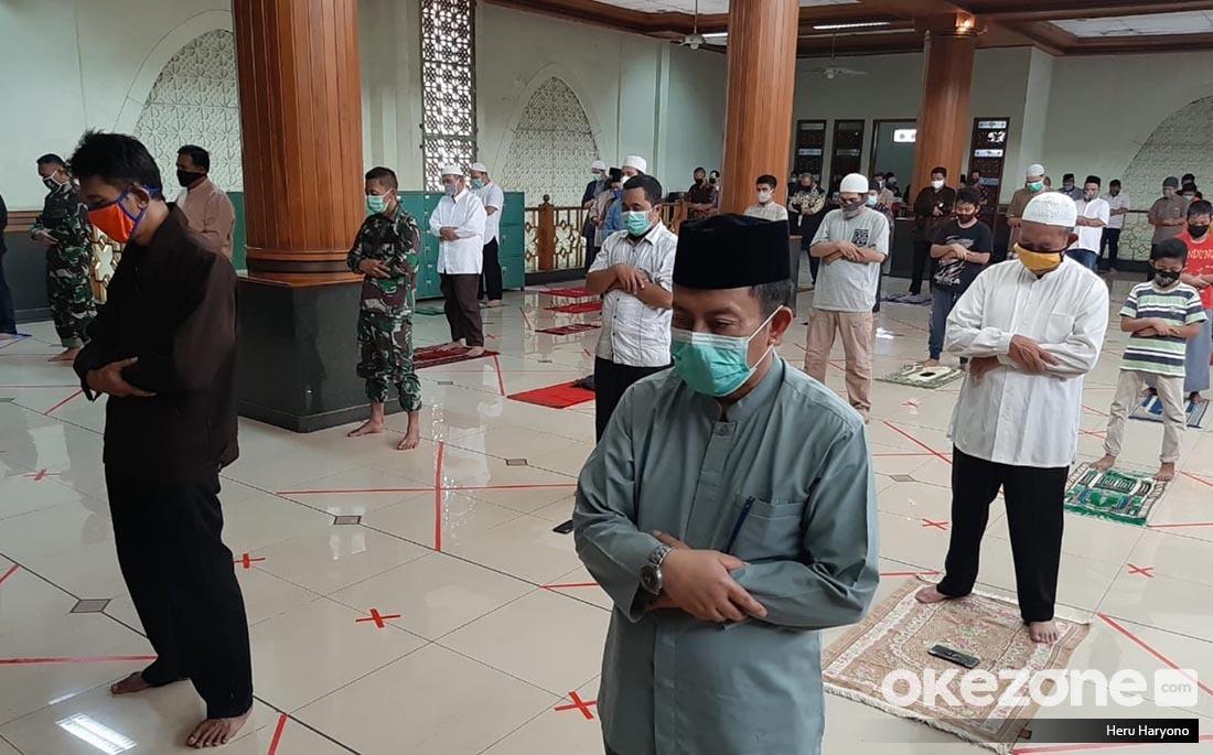 https: img.okezone.com content 2021 05 24 618 2414784 macam-macam-doa-iftitah-yang-dibaca-rasulullah-p3FUmvYQZQ.jpg