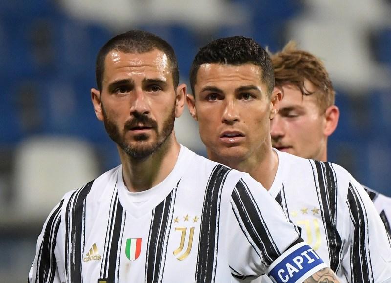 https: img.okezone.com content 2021 05 25 261 2414986 leonardo-bonucci-lega-juventus-segel-tiket-liga-champions-2021-2022-D3bHnXgTz3.JPG