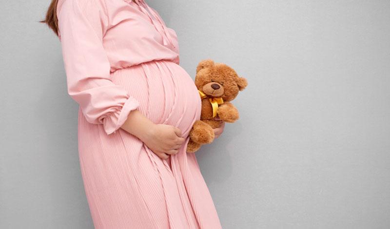 https: img.okezone.com content 2021 05 25 330 2415204 hamil-itu-cara-allah-untuk-meningkatkan-derajat-perempuan-WfOVzLfZof.jpg