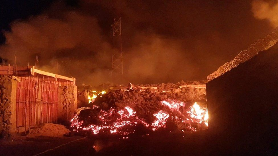 https: img.okezone.com content 2021 05 26 18 2415605 paska-letusan-gunung-banyak-anak-anak-yang-hilang-unA7ySXTy3.jpg