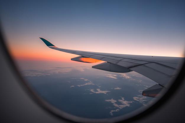https: img.okezone.com content 2021 05 26 406 2415856 terbang-perdana-dari-india-pesawat-ini-hanya-bawa-1-penumpang-owNPvP3toB.jpg