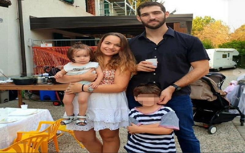 https: img.okezone.com content 2021 05 27 18 2416265 satu-keluarga-tewas-akibat-kereta-gantung-jatuh-anak-ini-hidup-sebatang-kara-YIE0S3KyF7.jpg