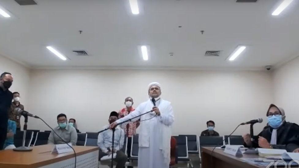 https: img.okezone.com content 2021 05 27 337 2416042 sidang-vonis-habib-rizieq-pengacara-alhamdulillah-siap-qD3Npr7690.jpg