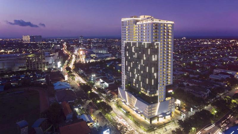 https: img.okezone.com content 2021 05 27 408 2416439 jalan-jalan-ke-surabaya-oakwood-hotel-residence-pilihan-hotel-terbaik-HIyvpZI0e8.jpg
