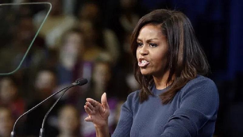 https: img.okezone.com content 2021 05 27 612 2416043 8-kata-kata-penyemangat-wanita-dari-hillary-clinton-hingga-michelle-obama-dq5wv3LtaA.jpg