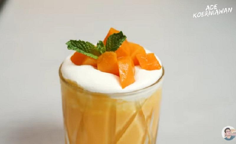 https: img.okezone.com content 2021 05 28 298 2416613 resep-smoothies-mangga-ala-chef-ade-koerniawan-dEmqiWGq6v.jpg