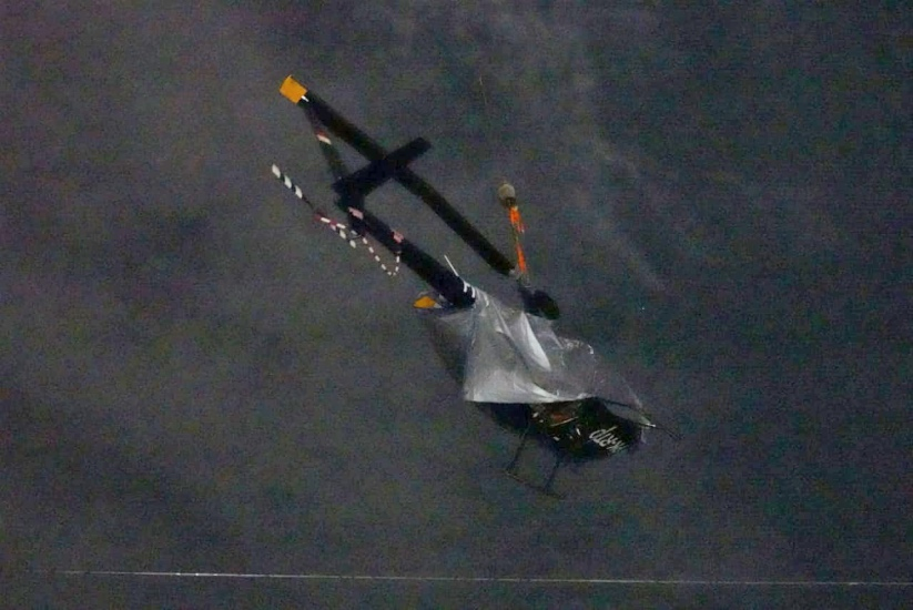 https: img.okezone.com content 2021 05 29 337 2417076 berhasil-diangkat-knkt-investigasi-bangkai-helikopter-yang-jatuh-di-danau-cibubur-ZUF4hDLOBD.jpg