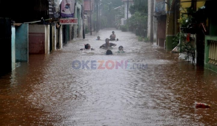 https: img.okezone.com content 2021 05 30 338 2417483 bnpb-banjir-di-5-kecamatan-kota-bekasi-sudah-surut-GfzeCDbzVz.jfif