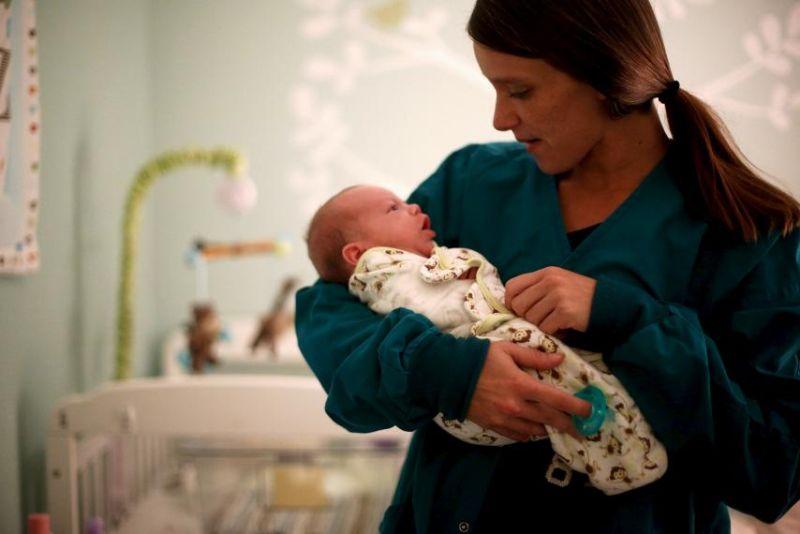 https: img.okezone.com content 2021 05 30 481 2417586 anak-bayi-alami-penyakit-jantung-ini-tindakan-tanpa-operasinya-x48xrbrFrg.jpg