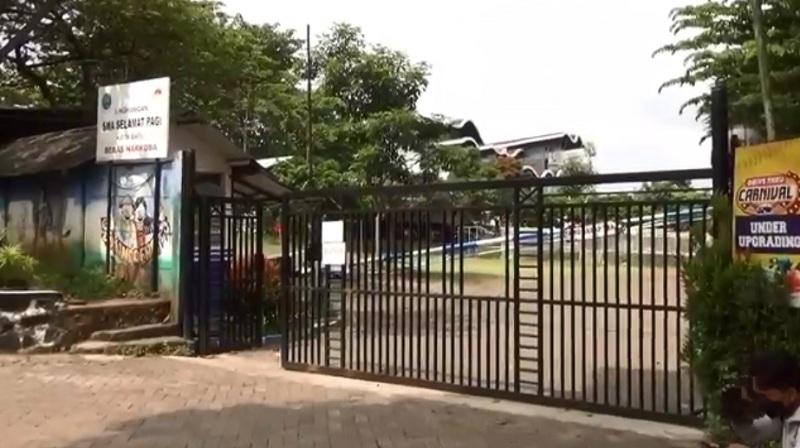 https: img.okezone.com content 2021 05 30 519 2417546 kepala-sekolah-bantah-terjadinya-kekerasan-seksual-di-sma-selamat-pagi-indonesia-B8e68uI4id.jpg