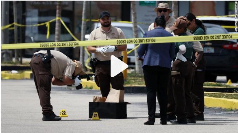 https: img.okezone.com content 2021 05 31 18 2417760 pria-bersenjata-lepaskan-tembakan-di-klub-malam-25-orang-terluka-2-tewas-pnGcsK1Ntf.jpg