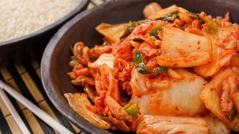 https: img.okezone.com content 2021 05 31 298 2417995 resep-mudah-membuat-kimchi-sendiri-di-rumah-yummy-zkKIeWjBRw.jpg