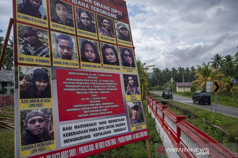 https: img.okezone.com content 2021 05 31 340 2417802 buru-dpo-teroris-mit-poso-satgas-madago-raya-bentuk-3-tim-MUviMiiGIq.jpg