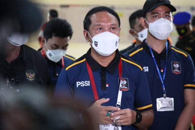 https: img.okezone.com content 2021 05 31 43 2417980 atlet-indonesia-ukir-prestasi-di-piala-dunia-panjat-tebing-menpora-bangga-QTEeOUaIEC.jpg