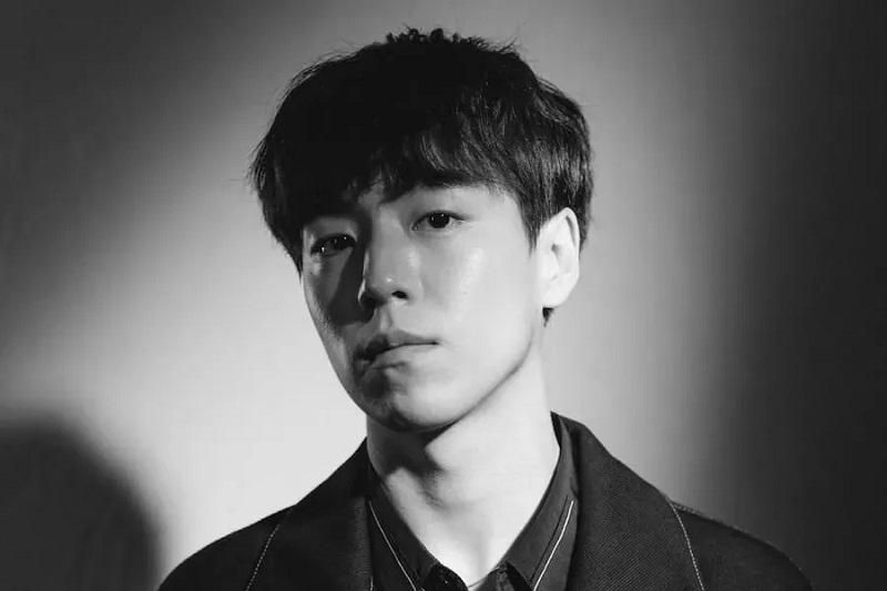https: img.okezone.com content 2021 06 01 206 2418537 lee-hyun-woo-ramaikan-daftar-pemain-remake-money-heist-versi-korea-CPPQsyWHnT.jpg
