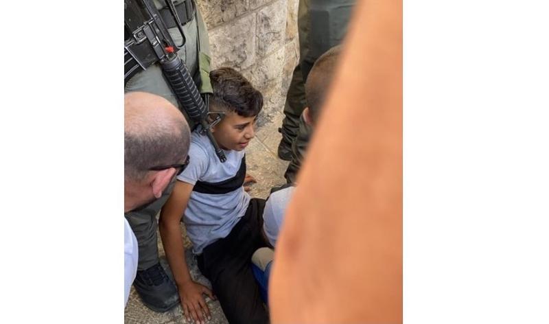 https: img.okezone.com content 2021 06 01 614 2418424 pasang-bendera-di-sepeda-bocah-palestina-ditabrak-mobil-polisi-israel-919bw8FSul.jpg