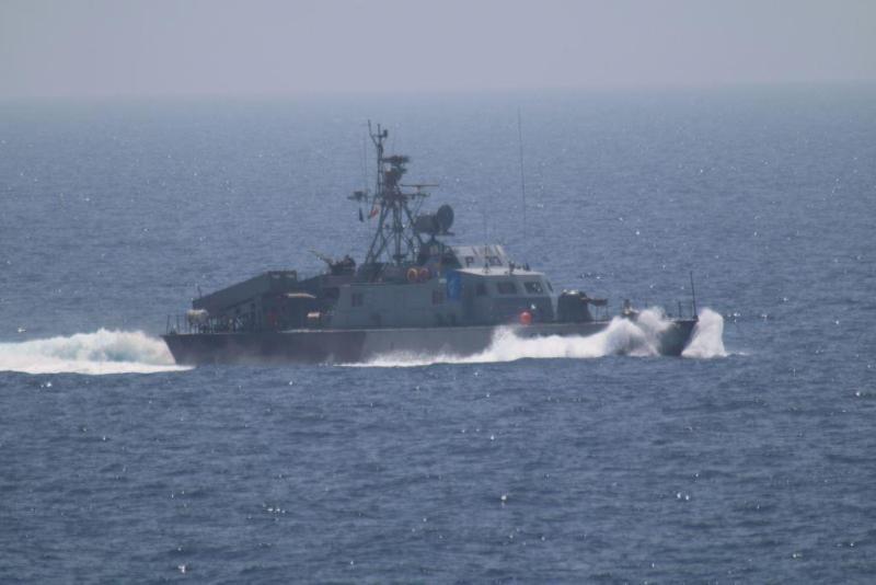 https: img.okezone.com content 2021 06 02 18 2418957 kapal-angkatan-laut-iran-terbakar-dan-tenggelam-di-teluk-oman-VWg24ZKvGx.jpg
