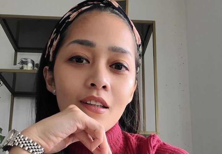 https: img.okezone.com content 2021 06 02 33 2418920 tinggal-di-belanda-penampilan-baru-gracia-indri-buat-netizen-pangling-ngSxF5Z9Ua.jpg
