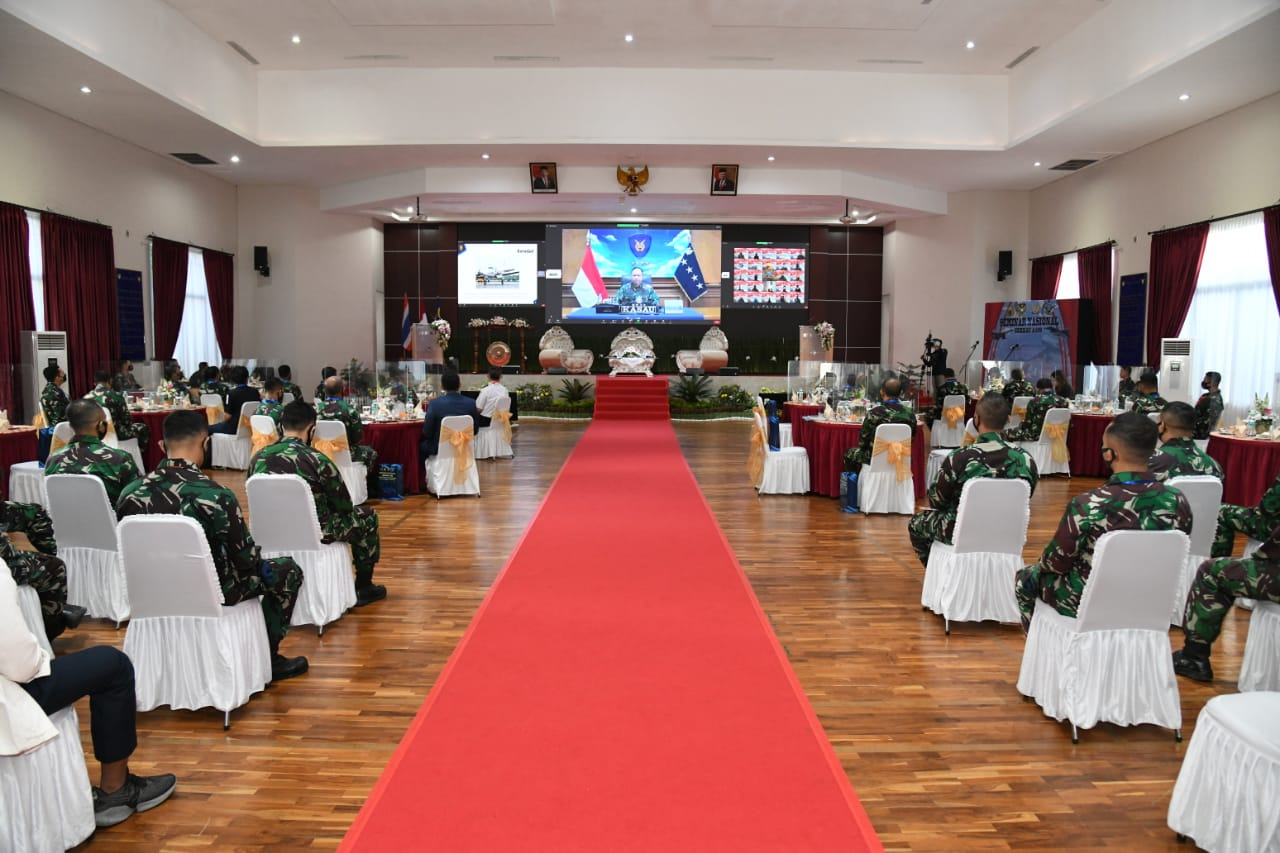 https: img.okezone.com content 2021 06 02 337 2419004 seminar-pasis-sekkau-angkatan-109-bedah-pengelolaan-ruang-udara-nasional-FxeMq8FjIW.jpg