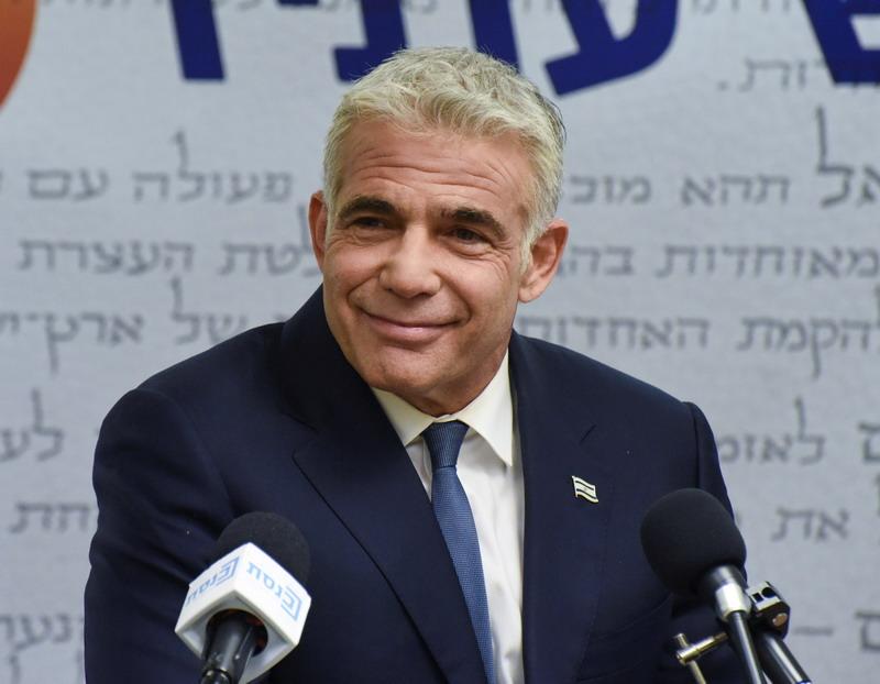 https: img.okezone.com content 2021 06 03 18 2419350 oposisi-israel-umumkan-pemerintahan-baru-siap-gulingkan-netanyahu-KAx0eZQVDW.jpg