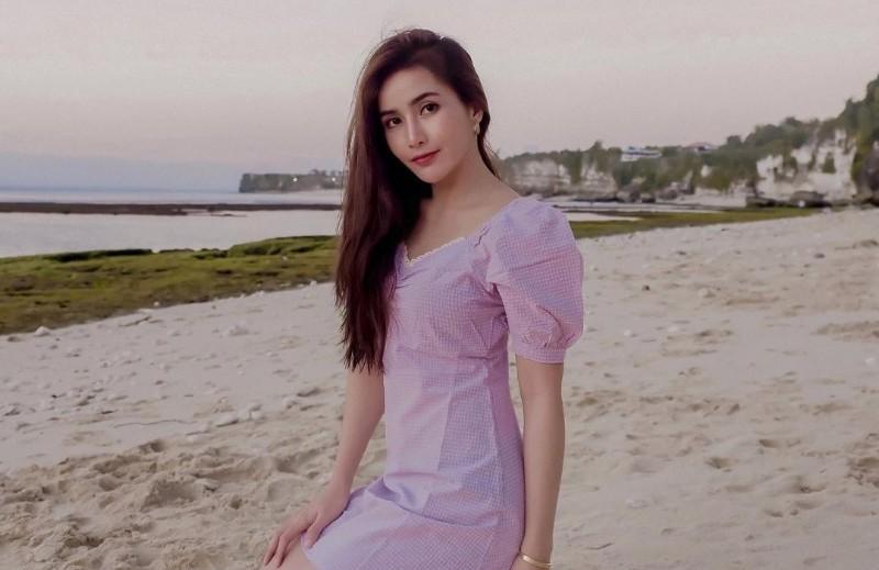 https: img.okezone.com content 2021 06 03 194 2419250 cantiknya-sylvia-dwihartanti-mantan-pramugari-yang-lolos-masterchef-indonesia-season-8-q2f5d6p6Jk.jpg