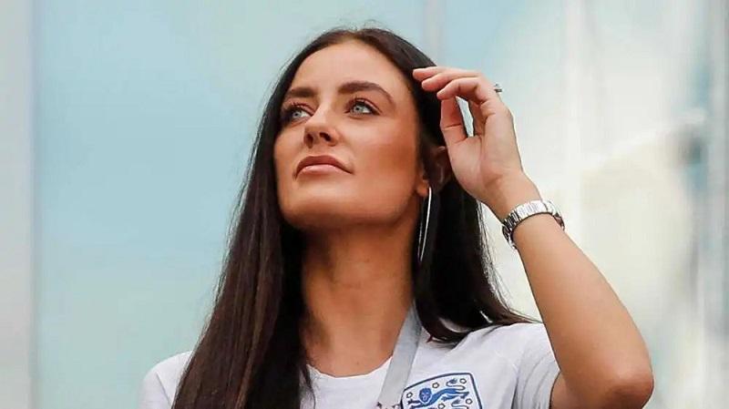 https: img.okezone.com content 2021 06 03 194 2419794 pesona-wags-timnas-inggris-pelatih-sampai-cemas-pemain-hilang-fokus-di-euro-2020-xgvktXFf6J.jpg