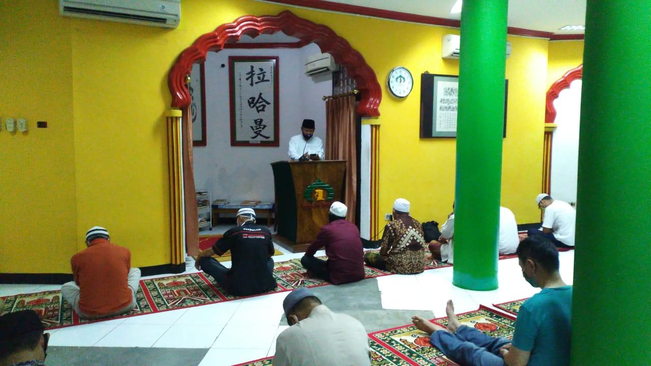 https: img.okezone.com content 2021 06 03 614 2419660 wacana-sertifikasi-penceramah-muhammadiyah-ambil-sikap-tak-asal-setuju-Ss2EHaIhYJ.jpg