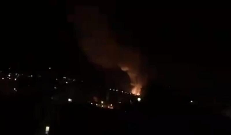 https: img.okezone.com content 2021 06 04 18 2419958 pabrik-amunisi-meledak-pecahan-peluru-hujani-kota-serbia-UhqsEntXEp.jpg