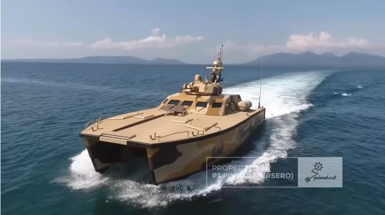 https: img.okezone.com content 2021 06 04 337 2420172 tank-boat-antasena-kapal-tempur-pertama-di-dunia-buatan-ri-yang-dilengkapi-persenjataan-canggih-qNcb8MHK0j.jpg