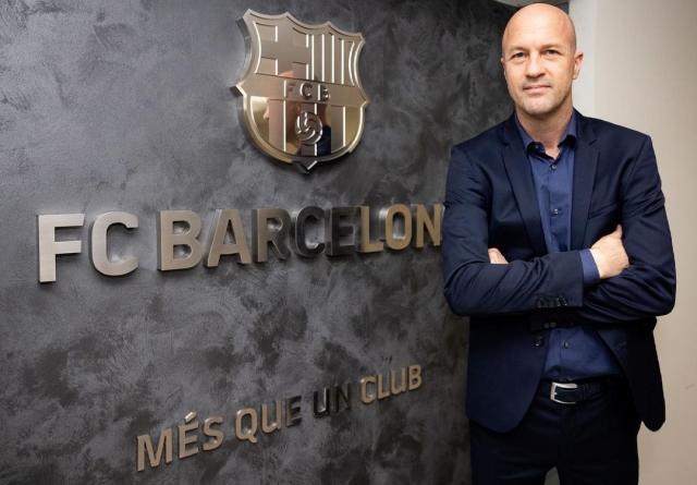 https: img.okezone.com content 2021 06 04 46 2420396 kembali-ke-barcelona-setelah-25-tahun-begini-perasaan-jordi-cruyff-GwcDkT7WZS.jpg